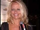 Pamela Anderson tells Palin to