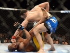 Chris Weidman retains UFC belt after gruesome Anderson Silva leg injury ends fight
